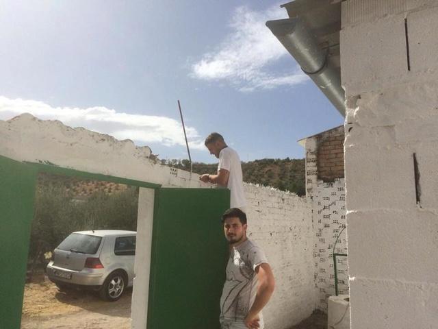 Huellas con Esperanza - Hulp dmv transporten met hulpgoederen. 22447611