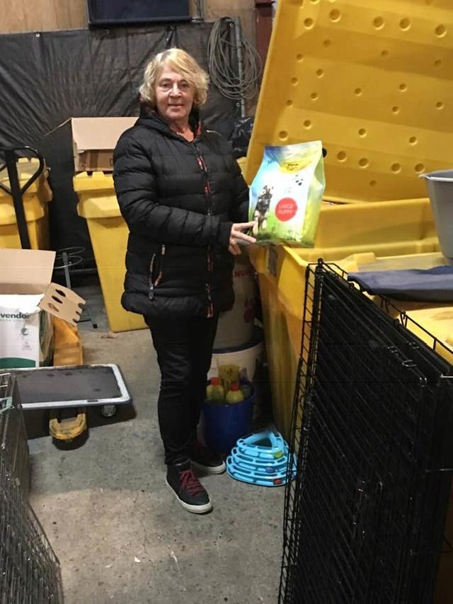 December - Een aantal donaties/goederen 539