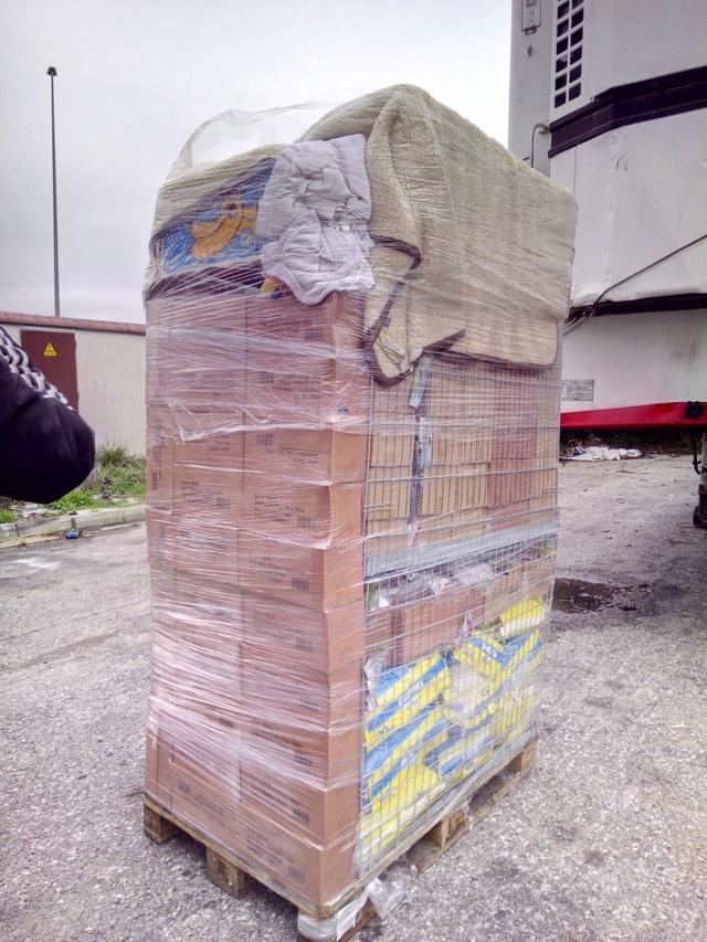 2 pallets aangekomen bij GatoPerro 98c73d10