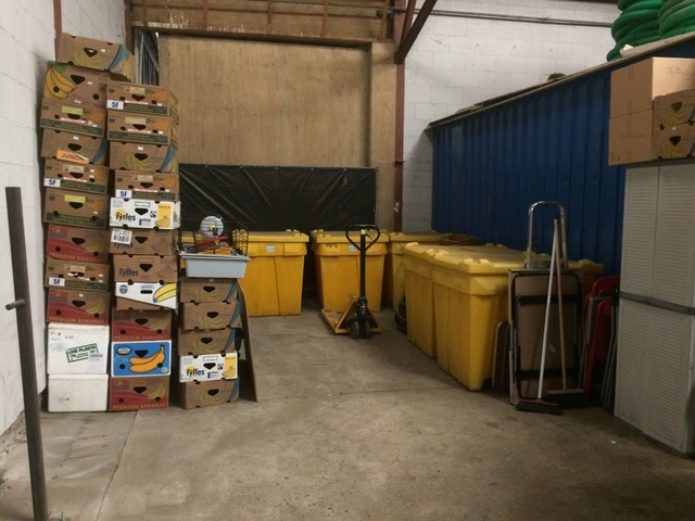 3 juni - 8 pallets staan klaar voor Spanje Img_0016