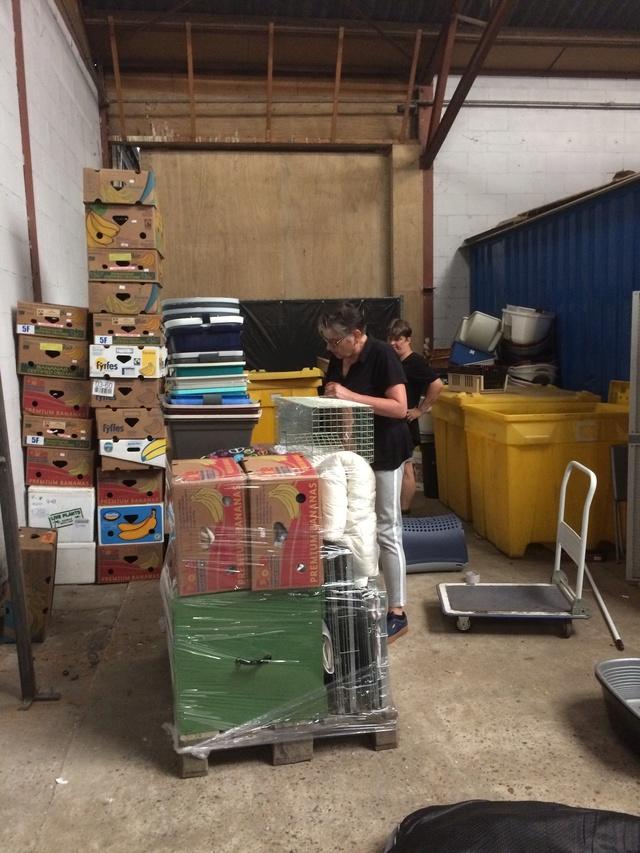 3 juni - 8 pallets staan klaar voor Spanje Img_0024
