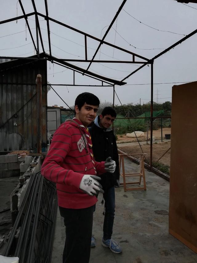 Opbouwen nieuw verblijf honden Palili Img_6017