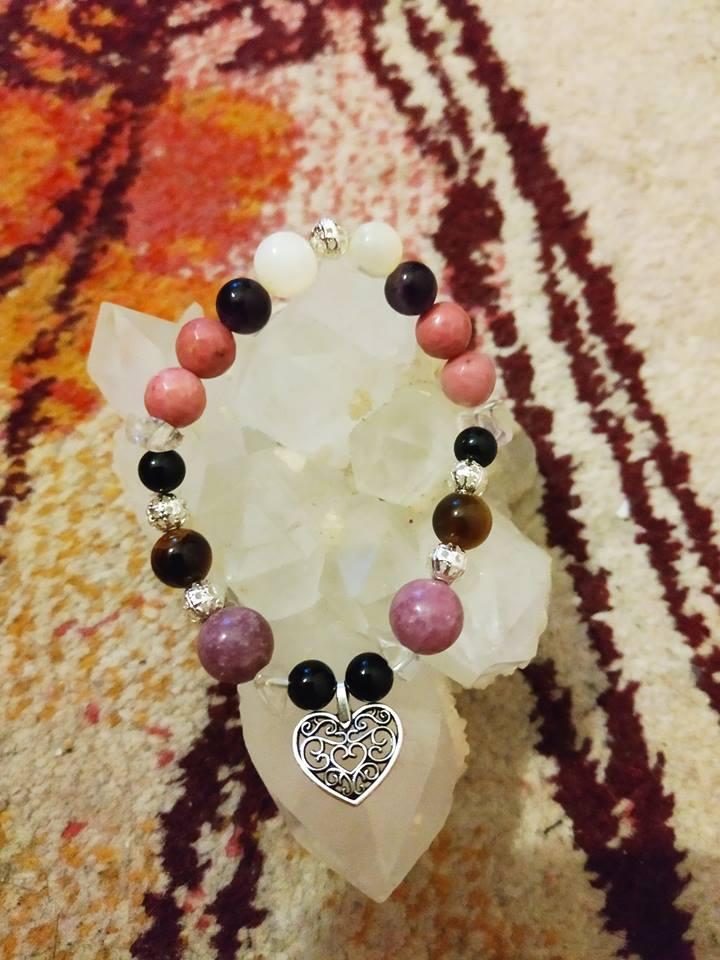 Création de bijoux en pierres. Rhodon10