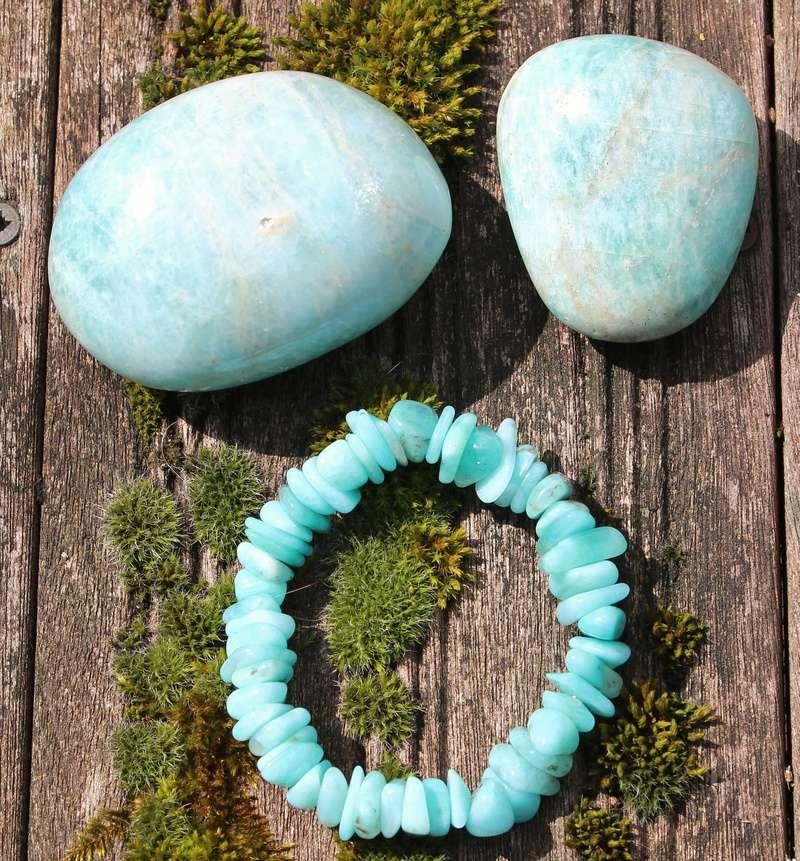 Cherche pierres de cette couleur Img_9611