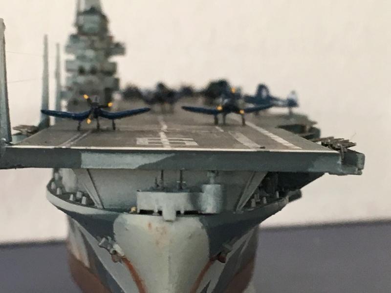 USS ESSEX 1/700 Italeri Img_0410
