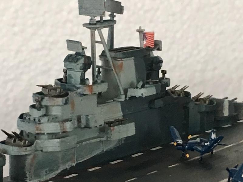 USS ESSEX 1/700 Italeri Img_0412