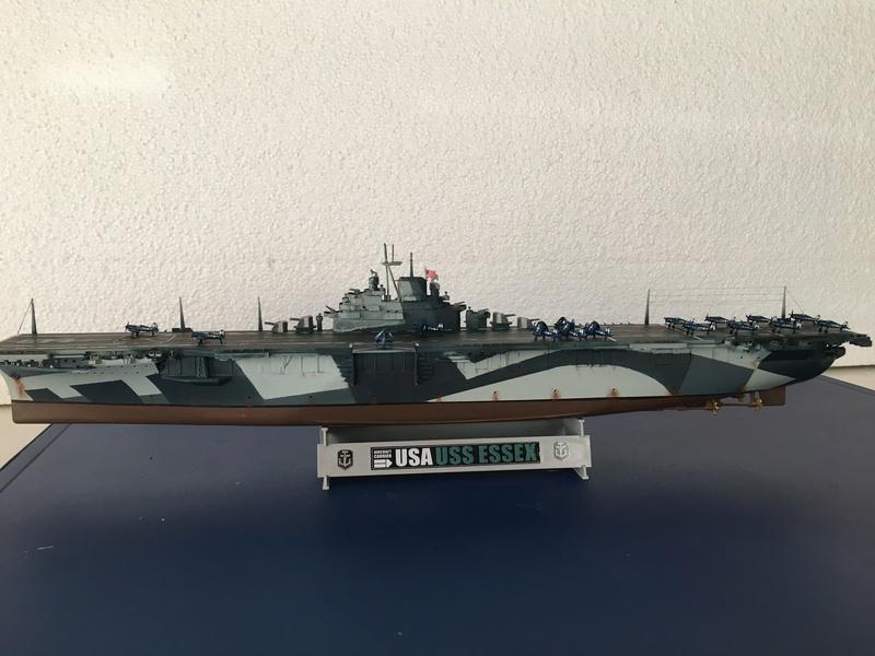 USS ESSEX 1/700 Italeri Img_0414