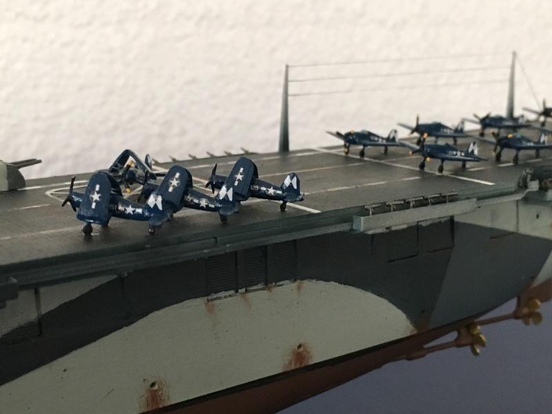 USS ESSEX 1/700 Italeri Img_0415