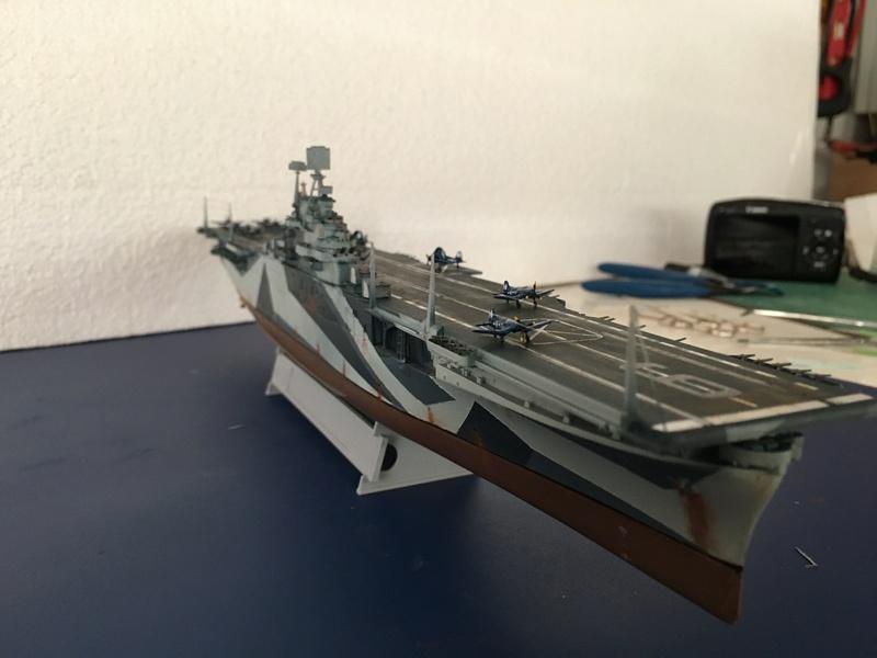 USS ESSEX 1/700 Italeri Img_0417