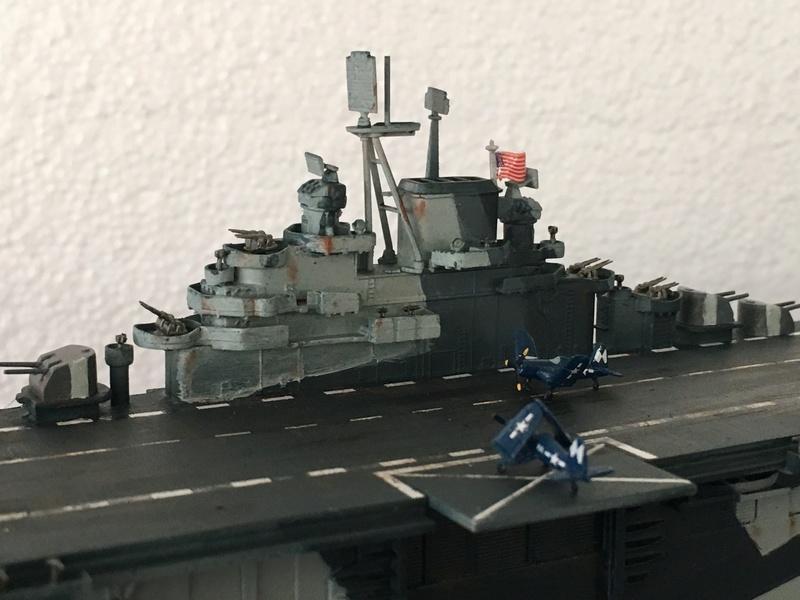 USS ESSEX 1/700 Italeri Img_0420