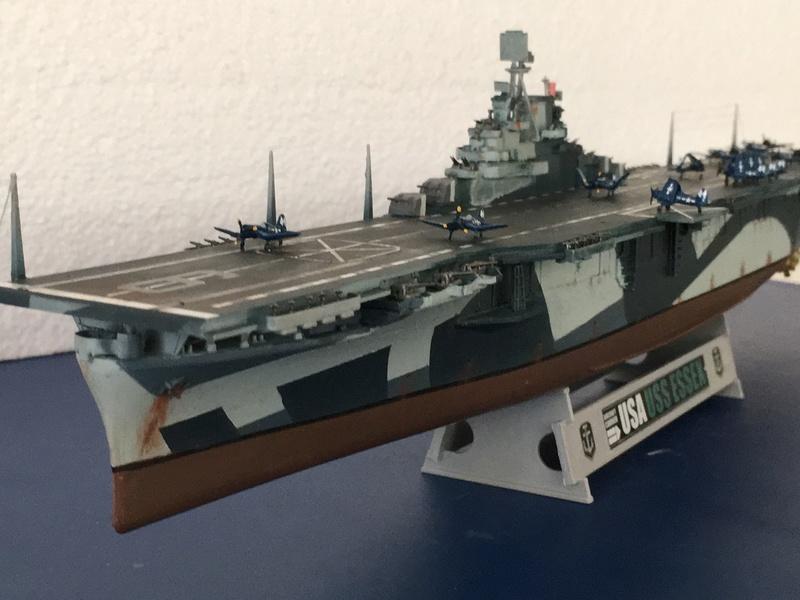 USS ESSEX 1/700 Italeri Img_0422