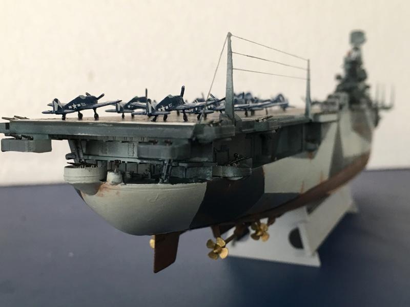 USS ESSEX 1/700 Italeri Img_0512