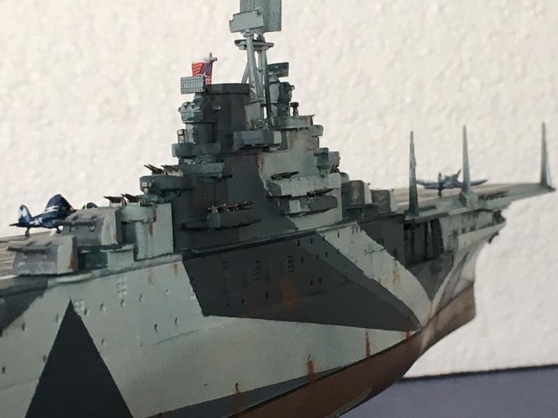 USS ESSEX 1/700 Italeri Img_0513