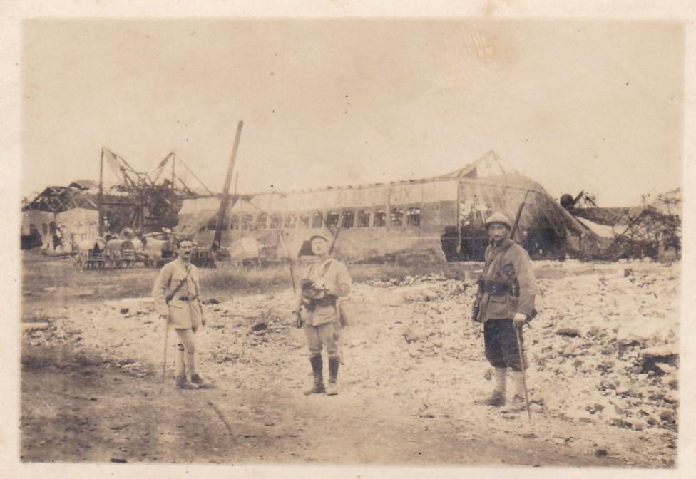 Photos, cartes postales et papier WWI Img_2073