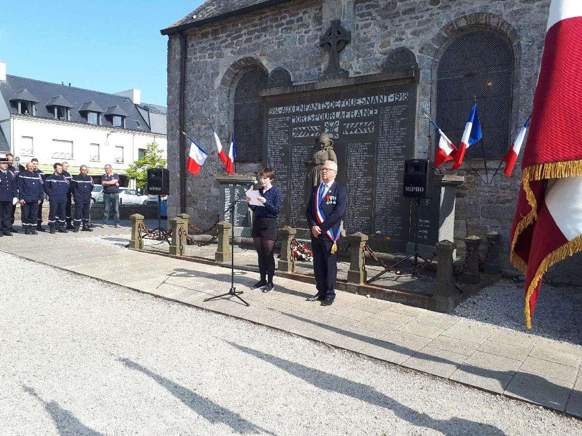 [ Histoires et histoire ] Commémoration du 8 mai 1945 à Fouesnant 10_et_11