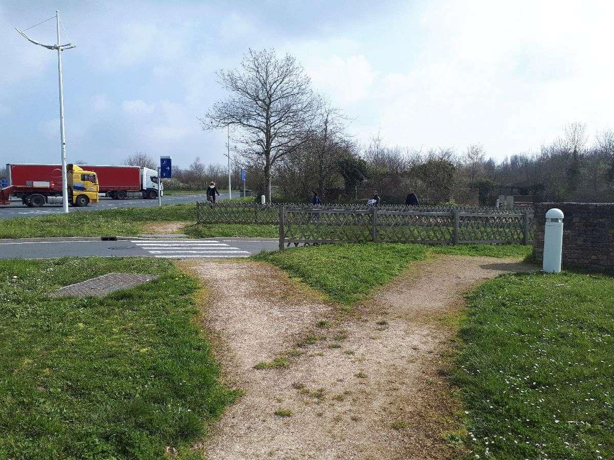 [ Histoire et histoires ]  Voyage pédagogique à Oradour-sur-Glane (87) avec des lycéens de Fouesnant 11_piq10