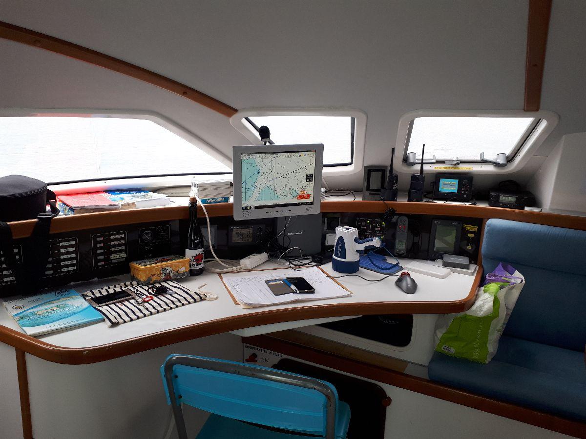 [ Marine à voile ] Catamaran Virginie Hériot voilier de l'Ecole Navale 11_yo_10