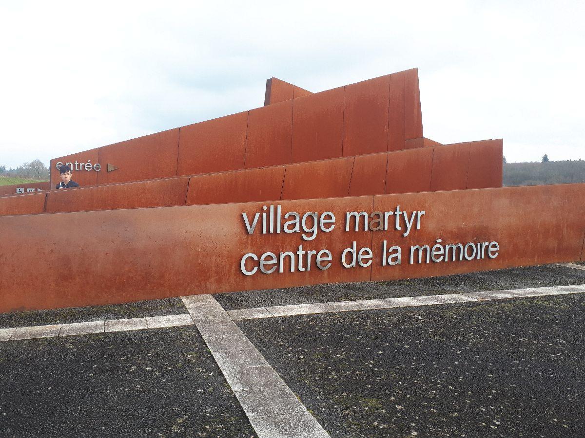 [ Histoire et histoires ]  Voyage pédagogique à Oradour-sur-Glane (87) avec des lycéens de Fouesnant 13_don10