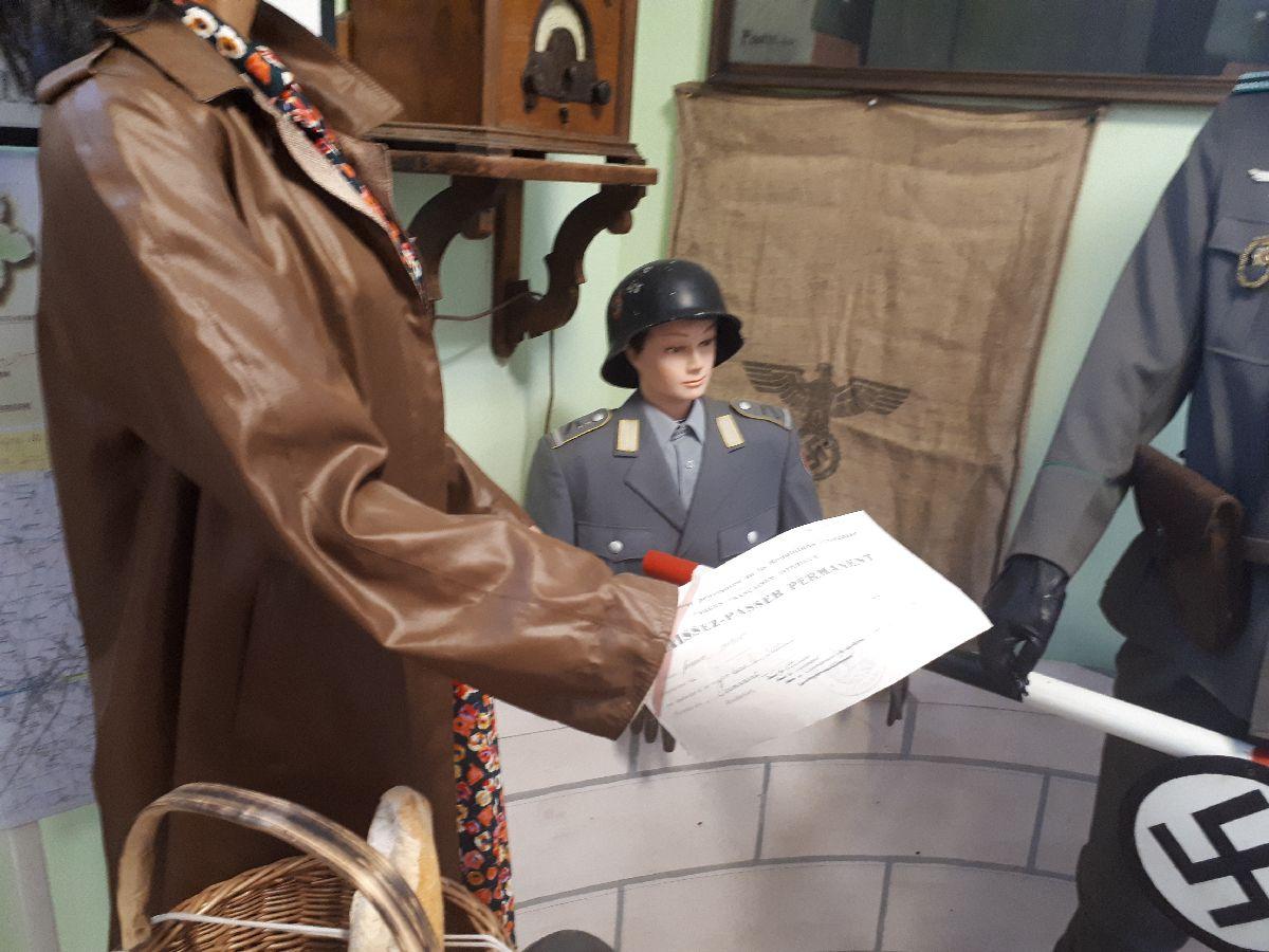 [ Histoire et histoires ] Rencontre lycéens Fouesnantais avec Edgar le Charentais (97 ans) mémoire vivante du maquis de Bir Acheim  1911