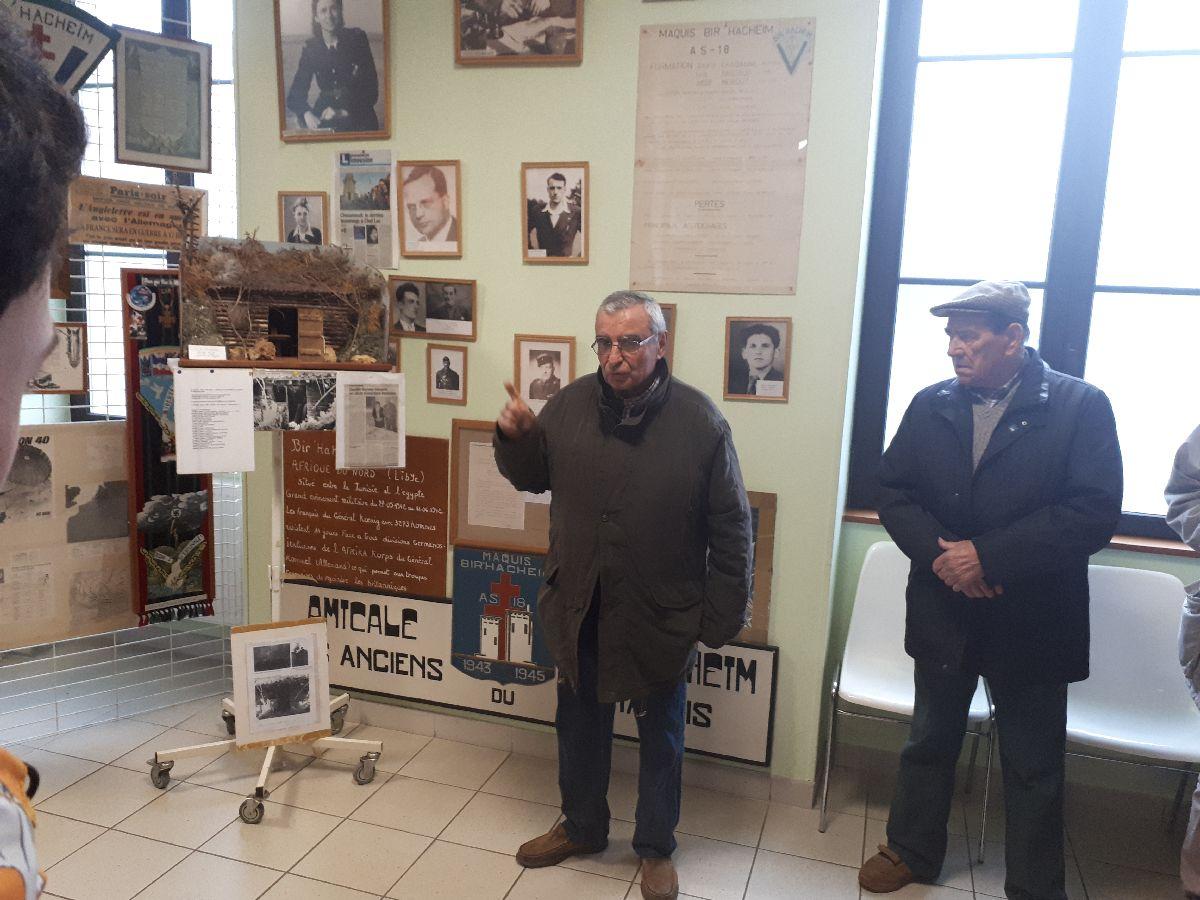 [ Histoire et histoires ] Rencontre lycéens Fouesnantais avec Edgar le Charentais (97 ans) mémoire vivante du maquis de Bir Acheim  1_acce10
