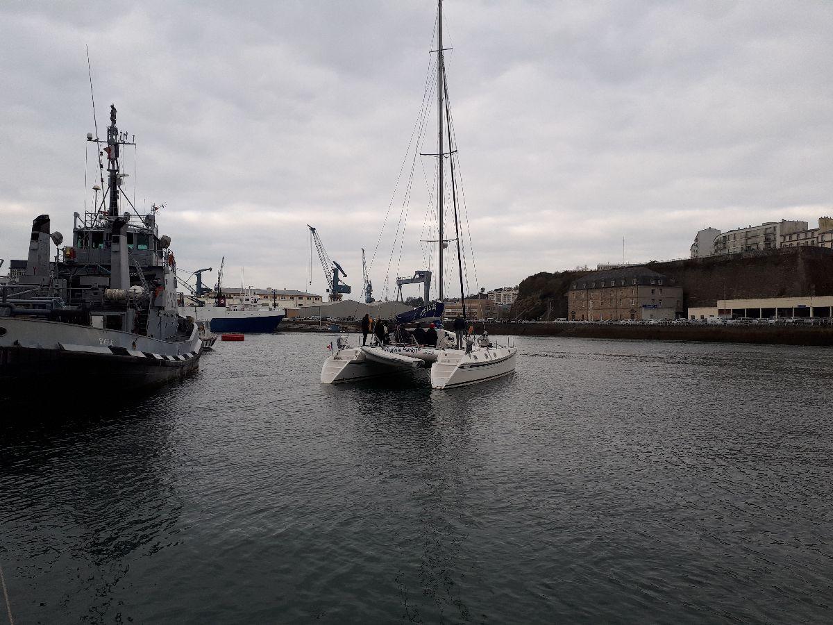 [ Marine à voile ] Catamaran Virginie Hériot voilier de l'Ecole Navale 1_c_es10