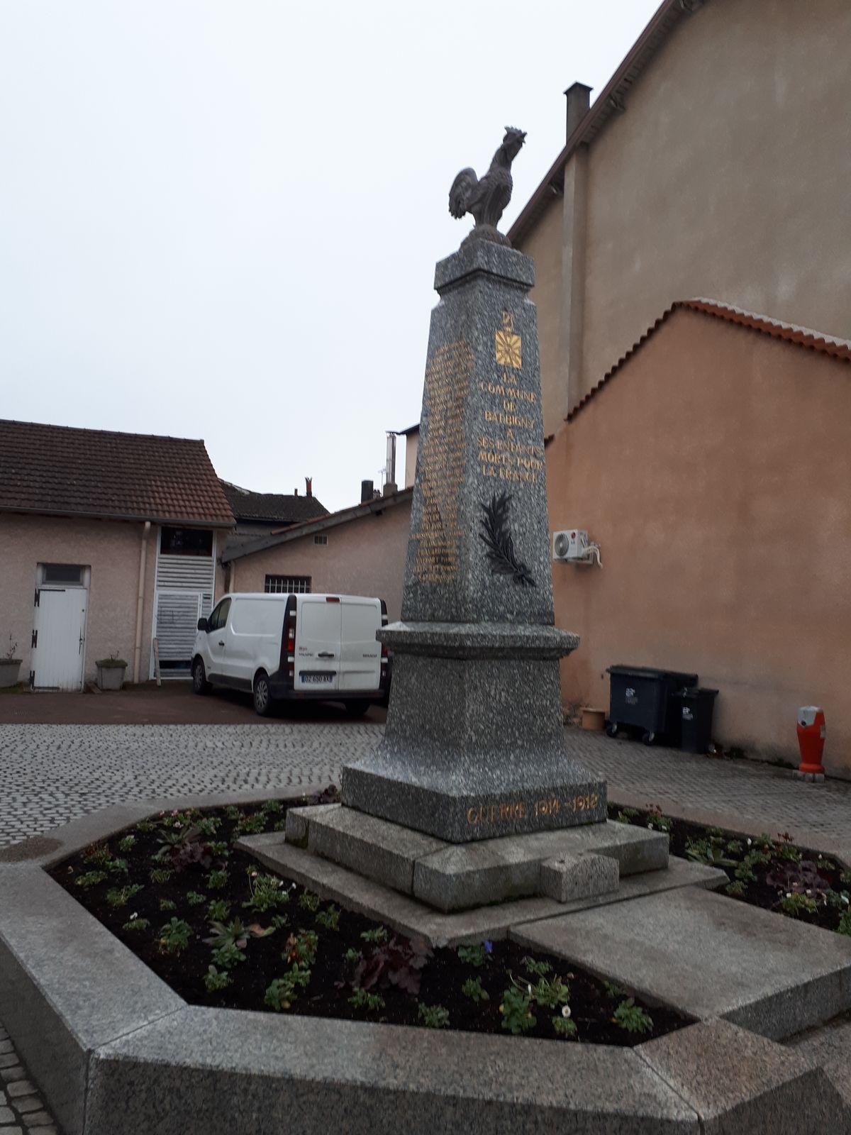 [ Histoires et histoire ] Monuments aux morts originaux Français Tome 2 - Page 5 20180110