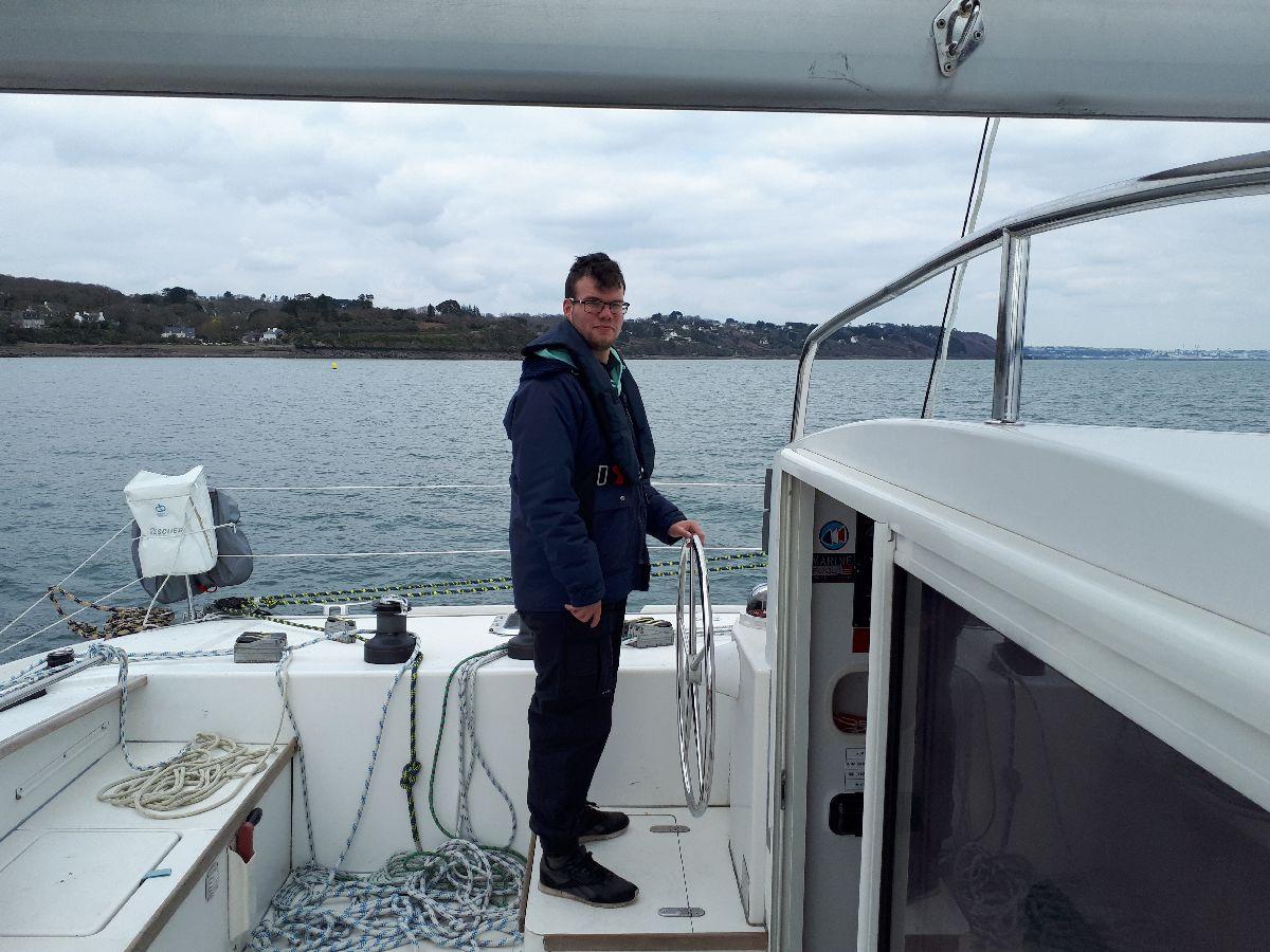 [ Marine à voile ] Catamaran Virginie Hériot voilier de l'Ecole Navale 22_un_10