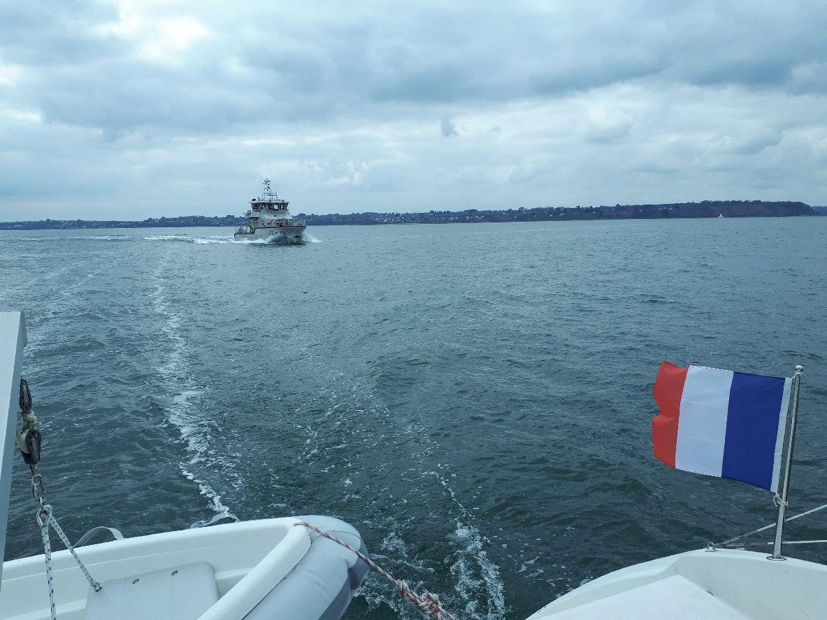 [ Marine à voile ] Catamaran Virginie Hériot voilier de l'Ecole Navale 27_le_10