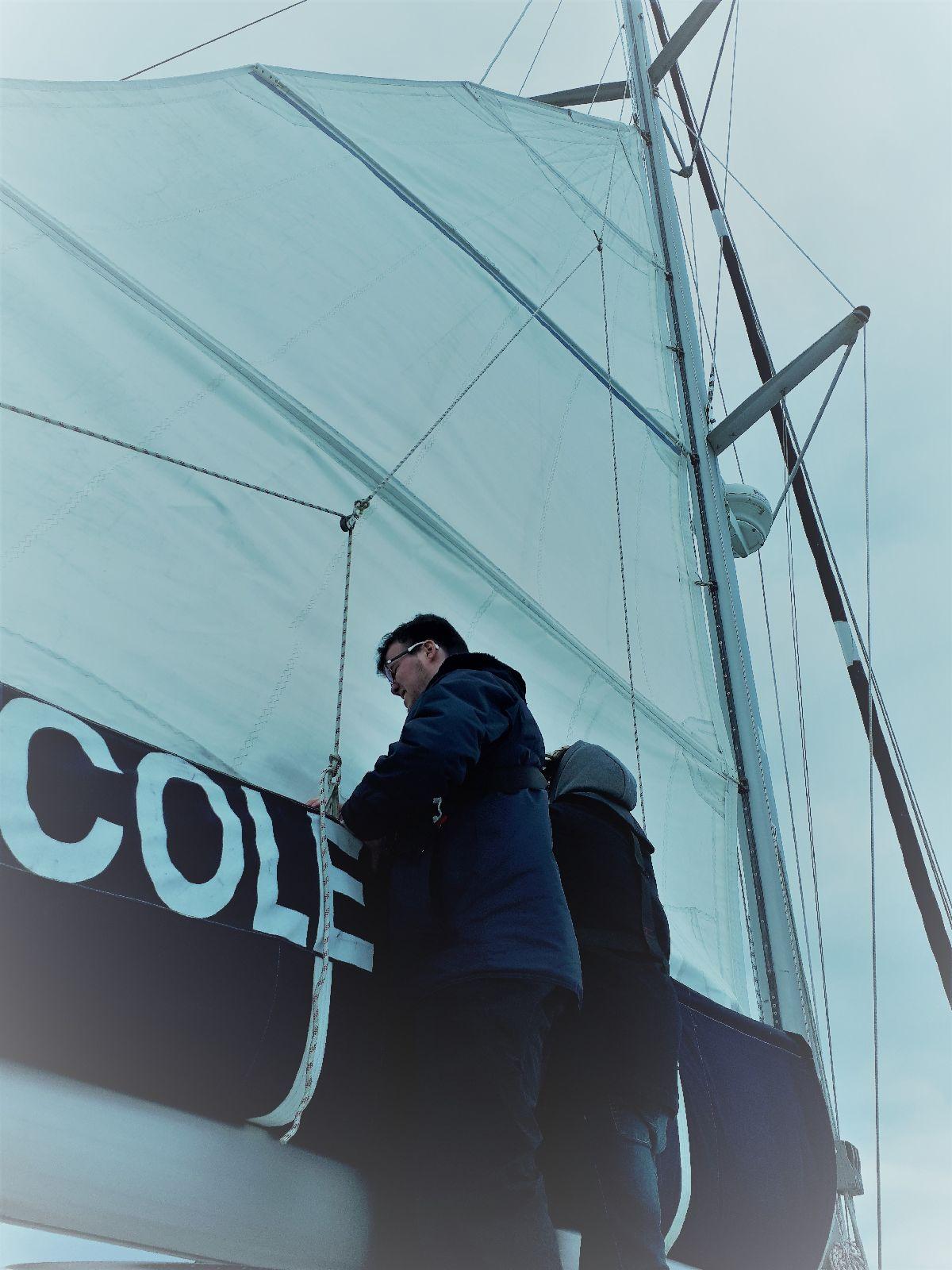 [ Marine à voile ] Catamaran Virginie Hériot voilier de l'Ecole Navale 29_et_10