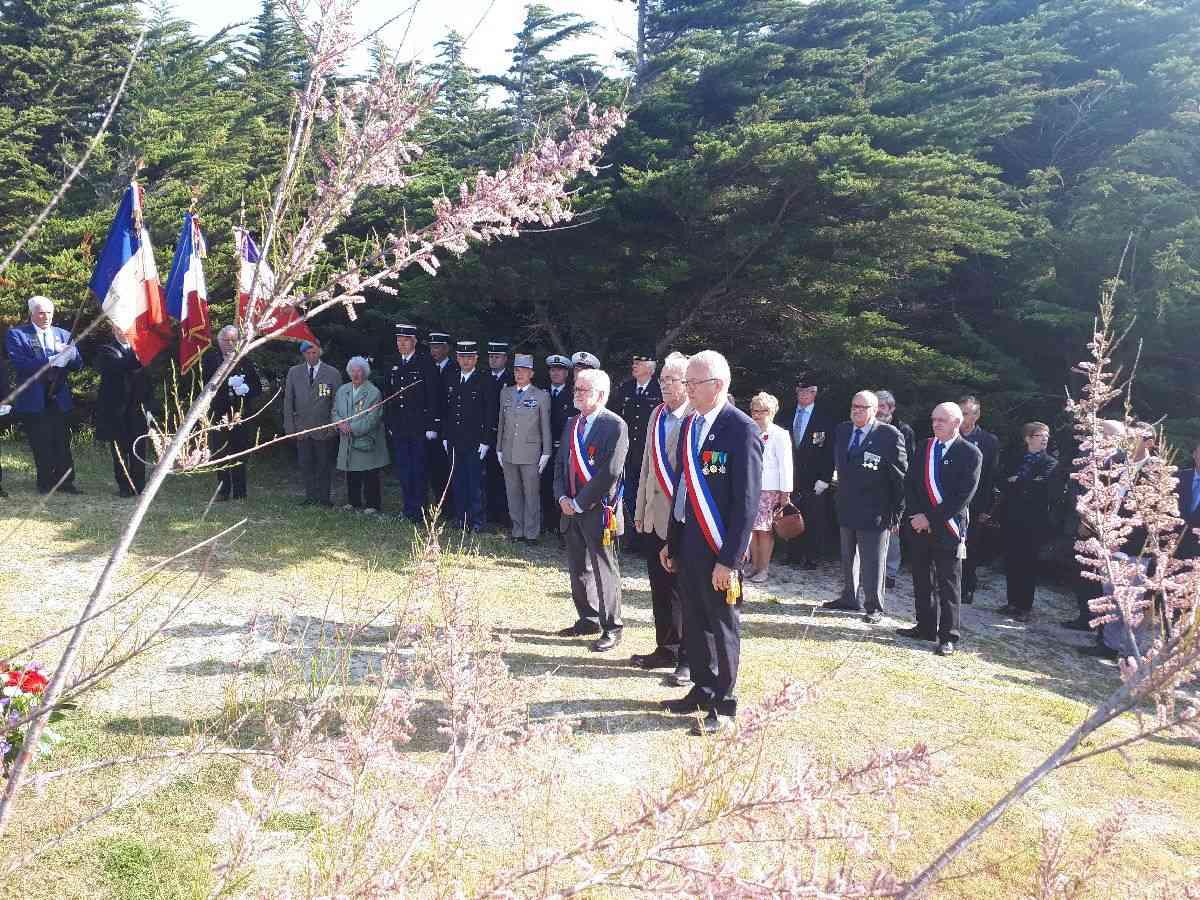 [HISTOIRES ET HISTOIRE] Commémoration du 8 mai 1945 à Fouesnant 2_apry10