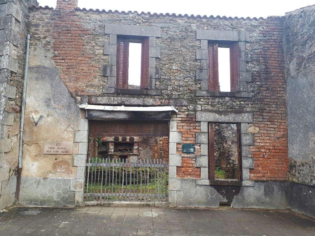 [ Histoire et histoires ]  Voyage pédagogique à Oradour-sur-Glane (87) avec des lycéens de Fouesnant 3611