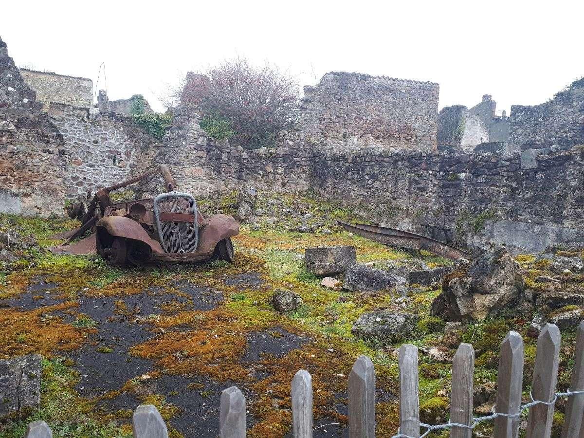 [ Histoire et histoires ]  Voyage pédagogique à Oradour-sur-Glane (87) avec des lycéens de Fouesnant 3910