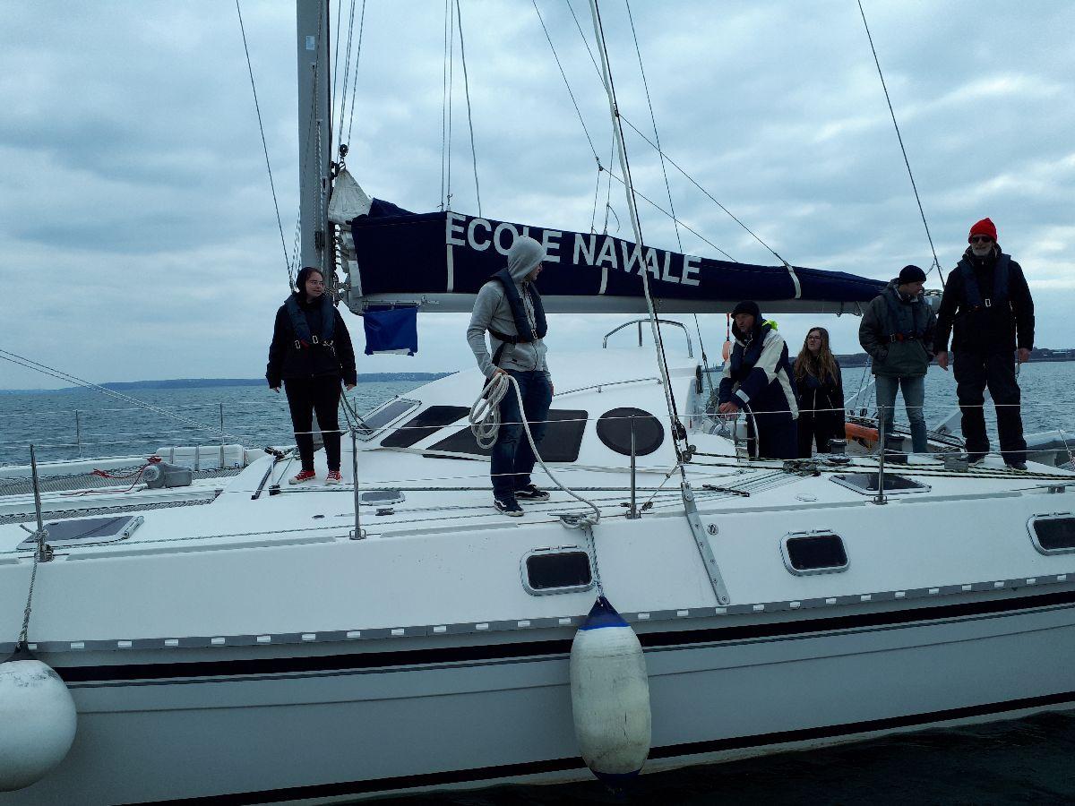 [ Marine à voile ] Catamaran Virginie Hériot voilier de l'Ecole Navale 3_appr10