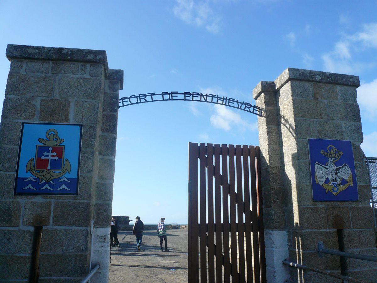 [HISTOIRES ET HISTOIRE] Le fort de Penthièvre (56) 3_l_en10