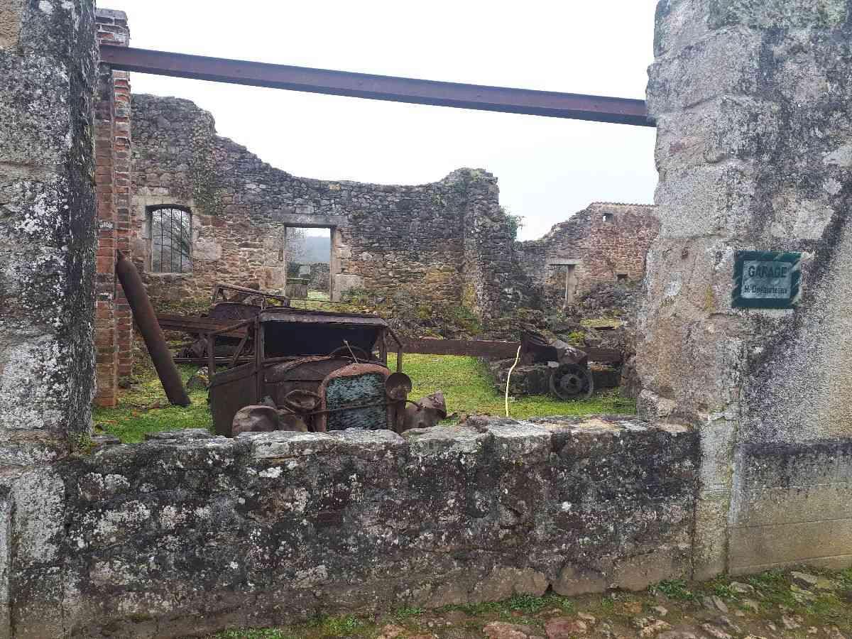 [ Histoire et histoires ]  Voyage pédagogique à Oradour-sur-Glane (87) avec des lycéens de Fouesnant 4010