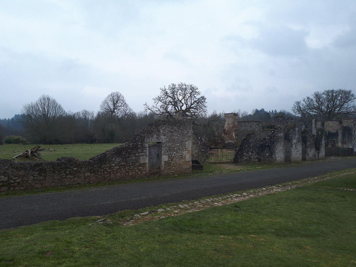 [ Histoire et histoires ]  Voyage pédagogique à Oradour-sur-Glane (87) avec des lycéens de Fouesnant 4310