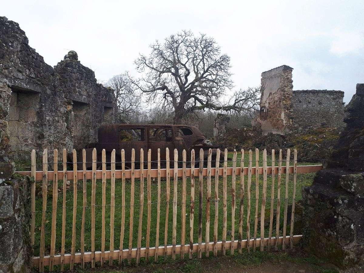 [ Histoire et histoires ]  Voyage pédagogique à Oradour-sur-Glane (87) avec des lycéens de Fouesnant 4510