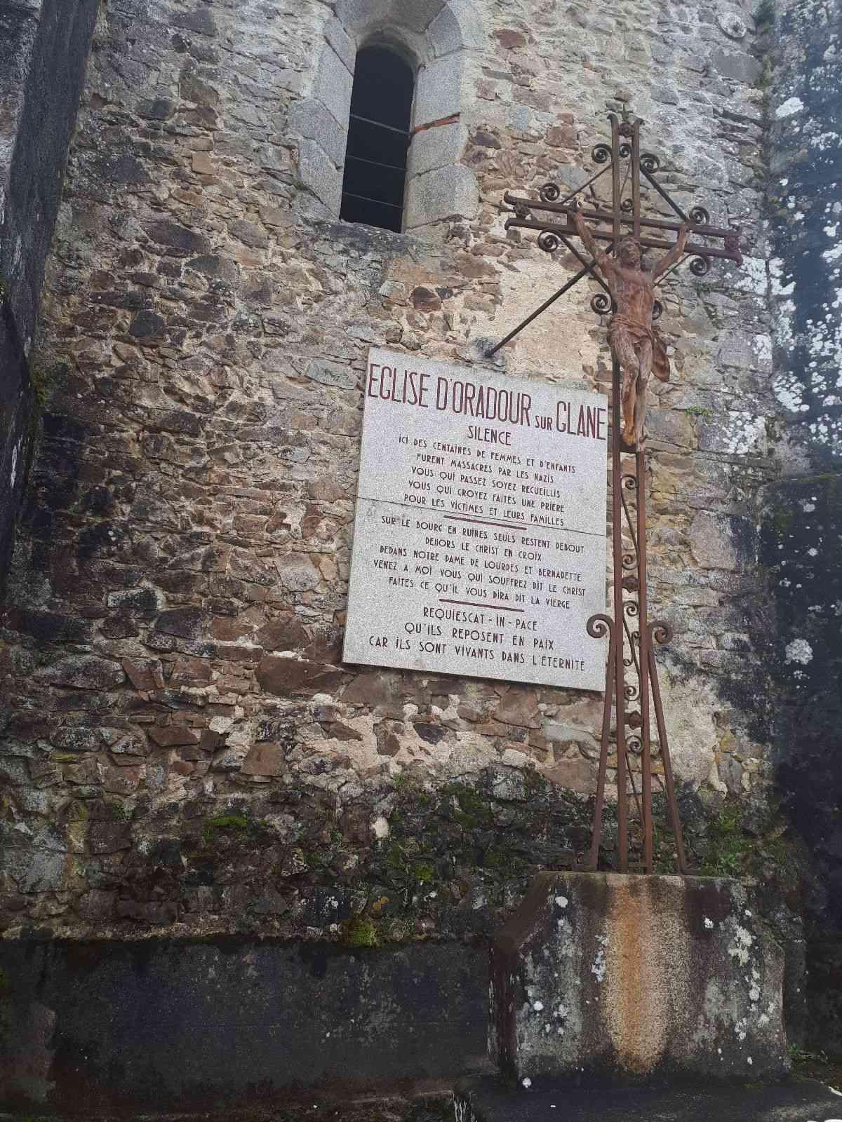 [ Histoire et histoires ]  Voyage pédagogique à Oradour-sur-Glane (87) avec des lycéens de Fouesnant 5310