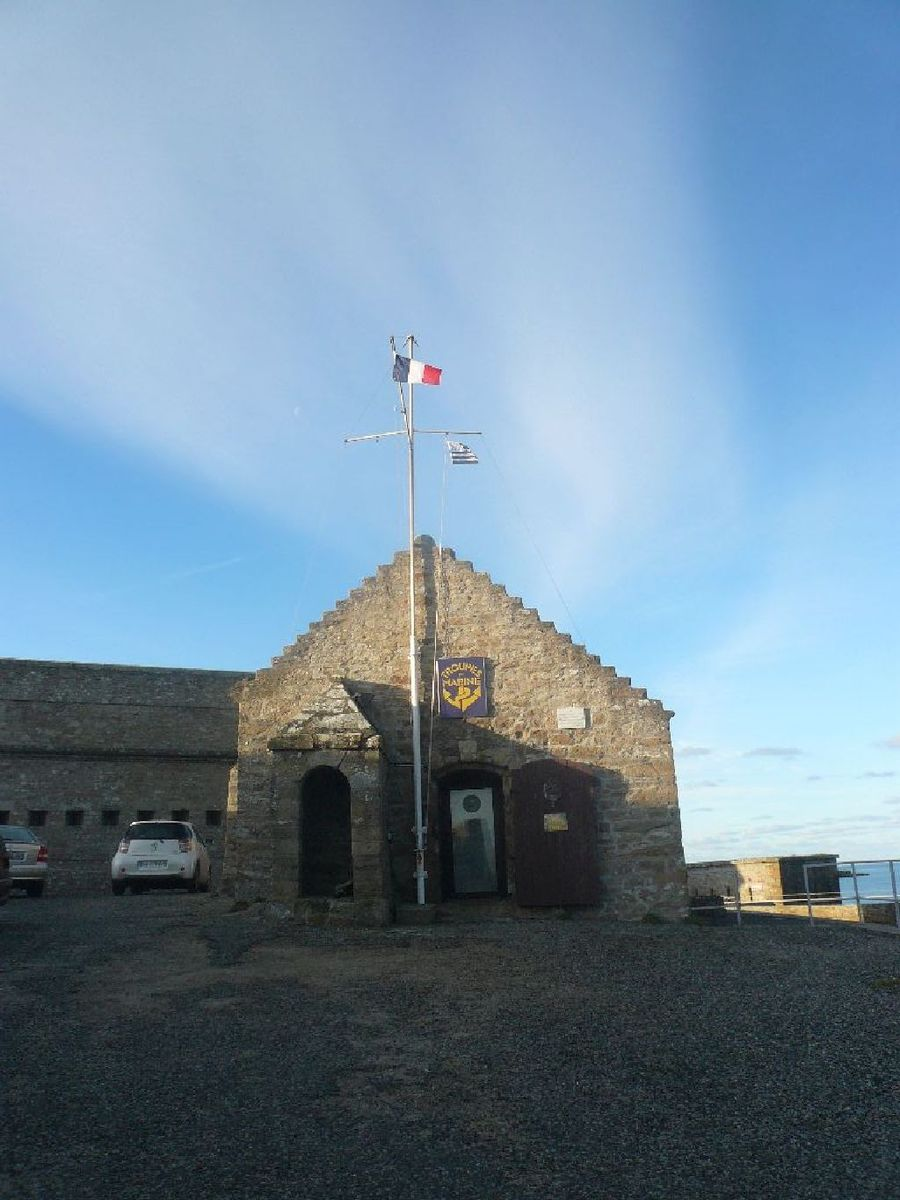 [HISTOIRES ET HISTOIRE] Le fort de Penthièvre (56) 5_le_d10