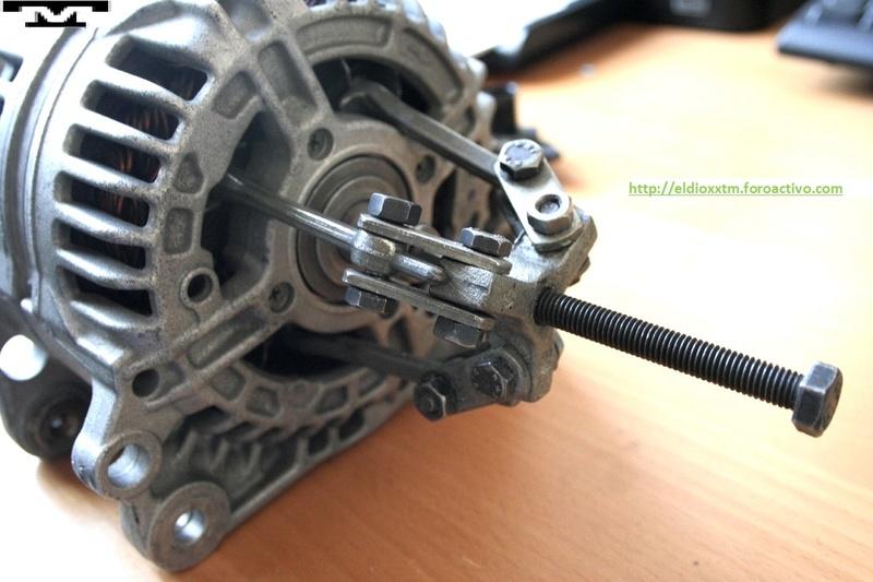 Alternador  Bosch 14 V  de 90 AMP 8mcbwf10