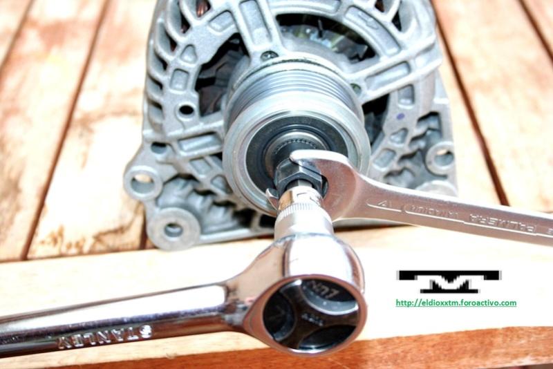 Alternador  Bosch 14 V  de 90 AMP Fgglm513