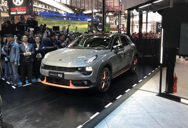 Novedades en el salón del automóvil de Beijing Lynk0211