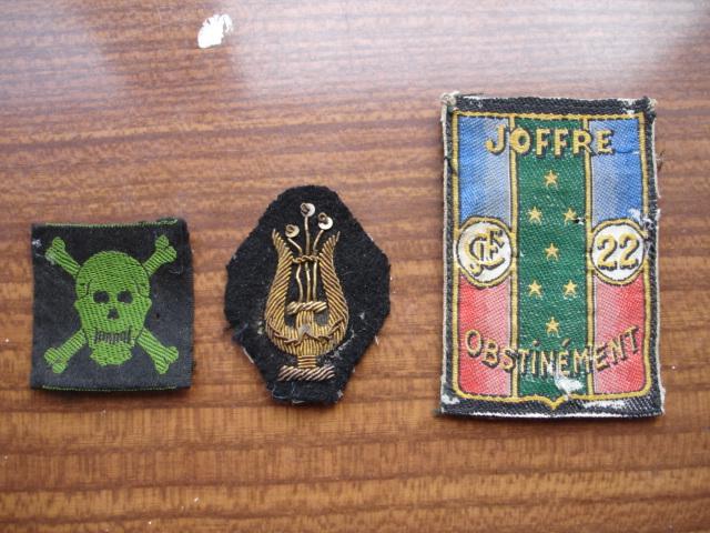 3 insigne tissus ancien à identifier Dsc08214