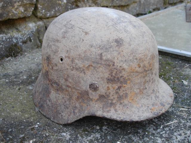 casque allemand et casque dca jus de grange Dsc08250