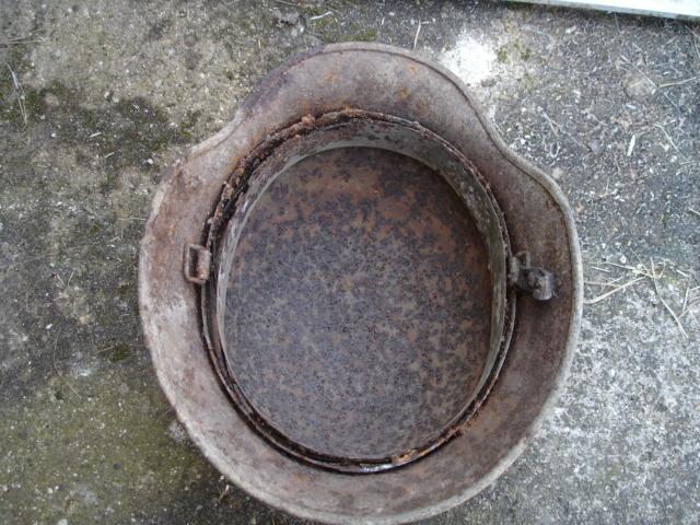 casque allemand et casque dca jus de grange Dsc08255