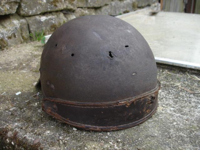 casque allemand et casque dca jus de grange Dsc08261