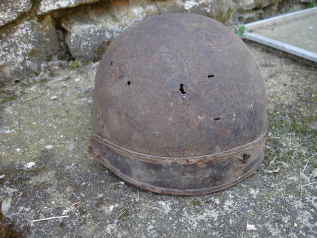 casque allemand et casque dca jus de grange Dsc08266