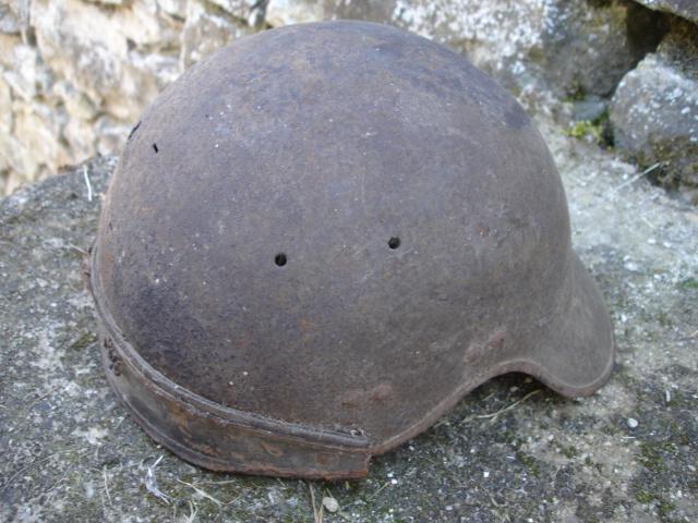 casque allemand et casque dca jus de grange Dsc08269