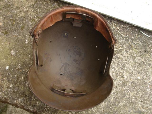 casque allemand et casque dca jus de grange Dsc08270