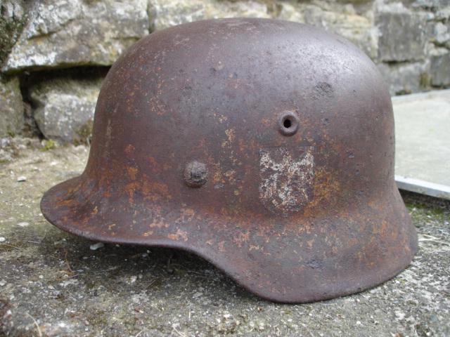 casque allemand et casque dca jus de grange Dsc08271